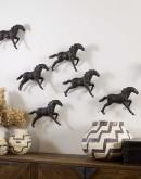 small metal horse sculpture