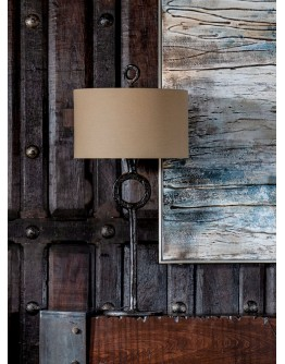 Ferro Iron Table Lamp